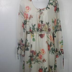 Belle + Sky white floral maxi dress sz M